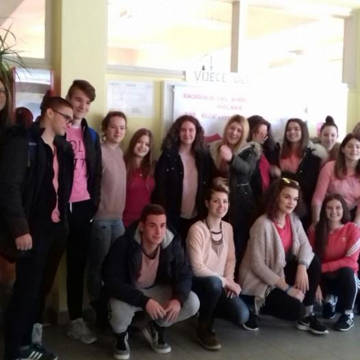 Dan ružičastih majica u našoj školi
