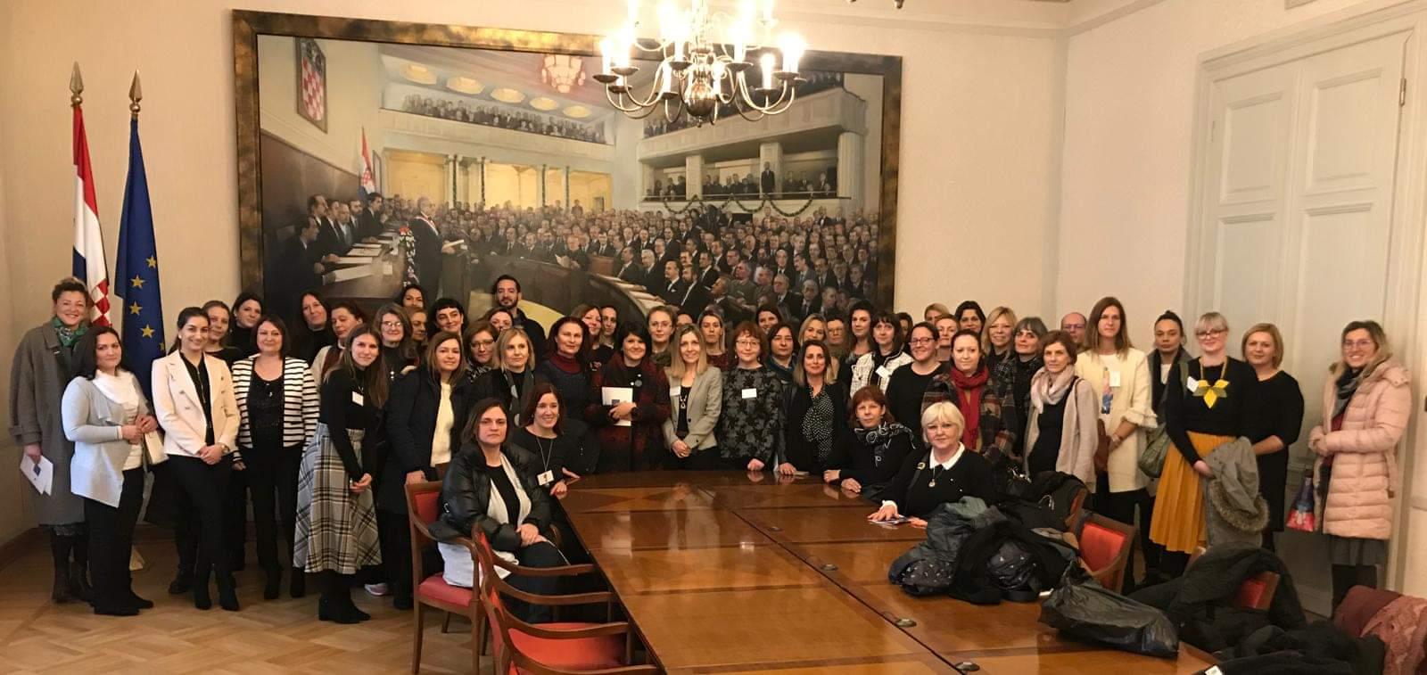 """Škole ambasadori Europskog parlamenta"""